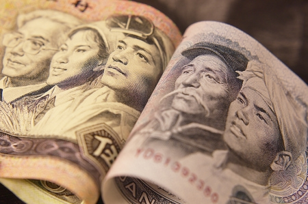 The USD/JPY momentum pushed the pair further north; the USD retained its strength owing to bets the Fed would hike rates earlier than previously anticipated
