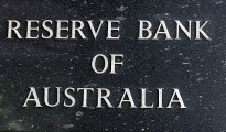 The RBA kept interest rates unchanged and commented on the strength of the AUD, which has remained stubbornly high despite declining commodity prices.