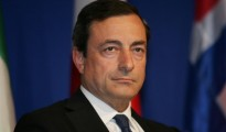 The EUR/USD retreated on Monday, after ECB President Draghi warned euro zone recovery is slowing down, and further momentum loss is possible.